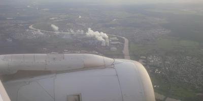 Plane and powerplant